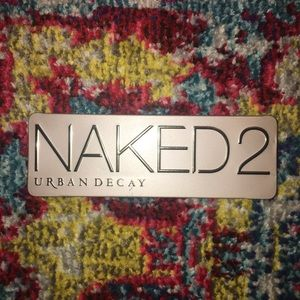 naked 2 pallate